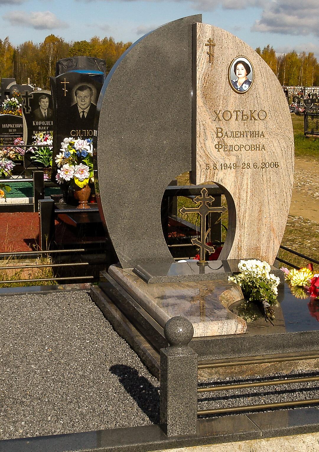 Надгробия и памятники эксклюзивные в Минске