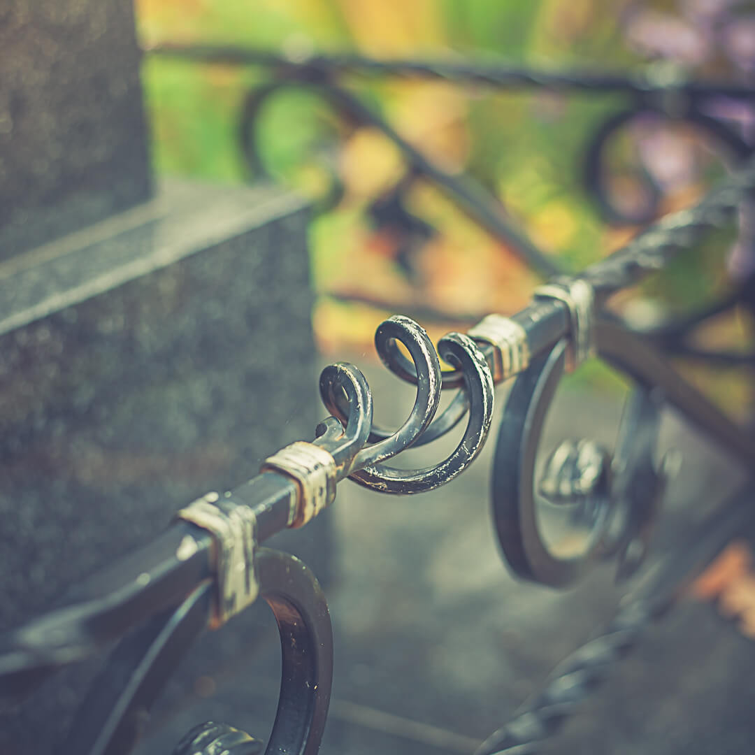 Кованые оградки по доступным ценам от изготовителя