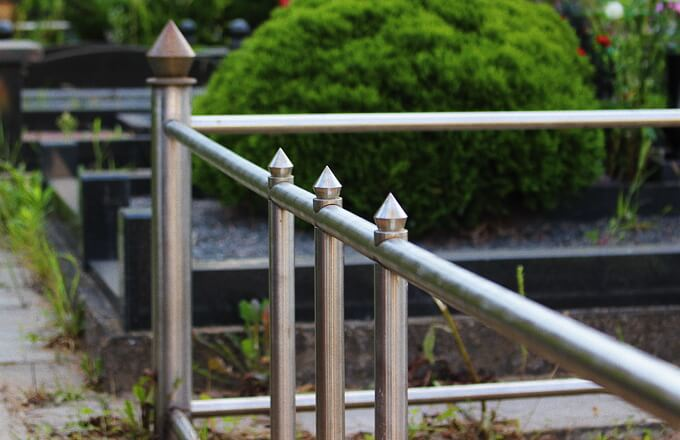 Ограда на могилу из нержавейки недорого