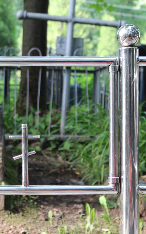 Ограды из нержавеющей стали на могилу в Минске