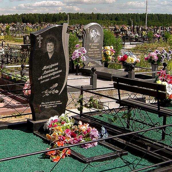 Изготовление вертикальных памятников из гранита в Минске и Минском районе